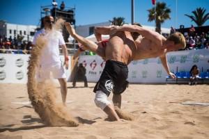 beach-wrestling-flip